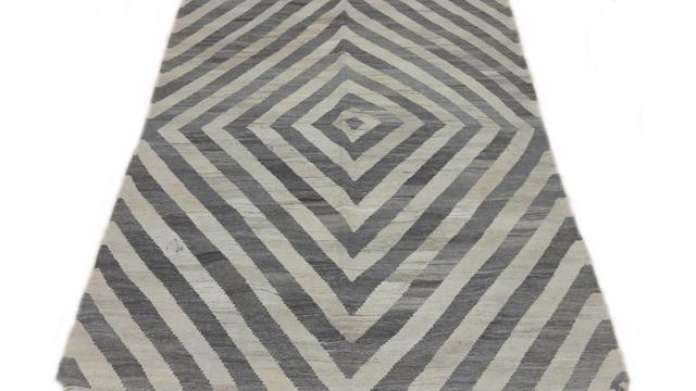 Kilim Fine Carpet