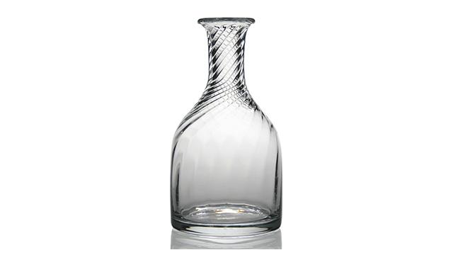 Dakota Carafe Bottle