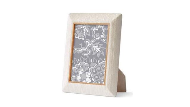 "Ivory Linen  Wood Frame 5 x 7"""
