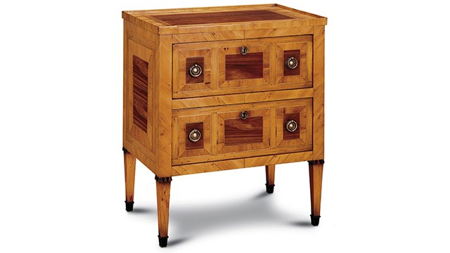 Umbria Small Chest