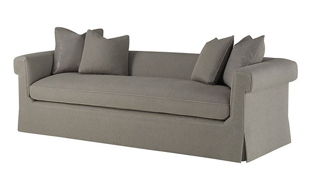 Horizonte Skirted Sofa