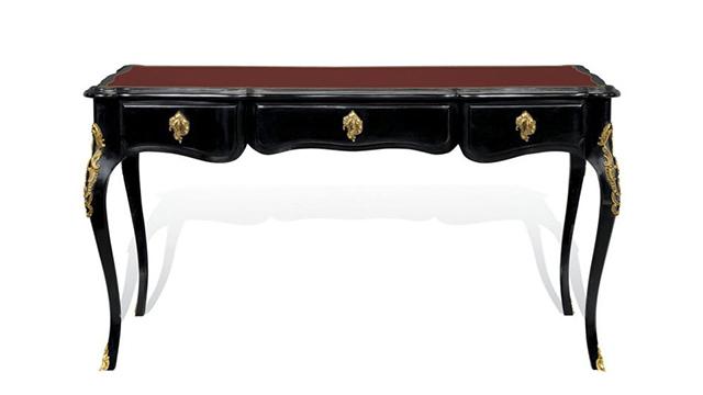 La Boheme desk