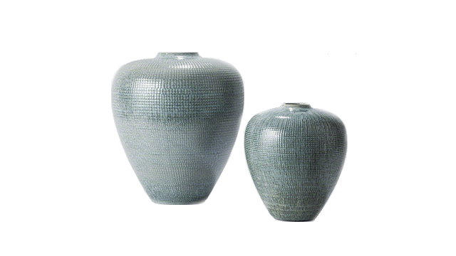Global Views : Check Bulbous Vase-Reactive Silver Blue-Sm