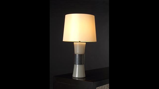 Grey Peking Glass Gu Lamp