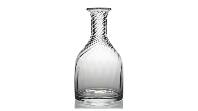 Dakota Carafe Bottle