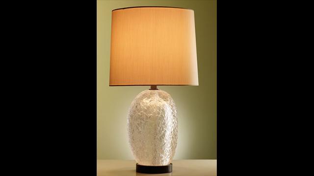 Tall Pebble Ice Crystal Lamp