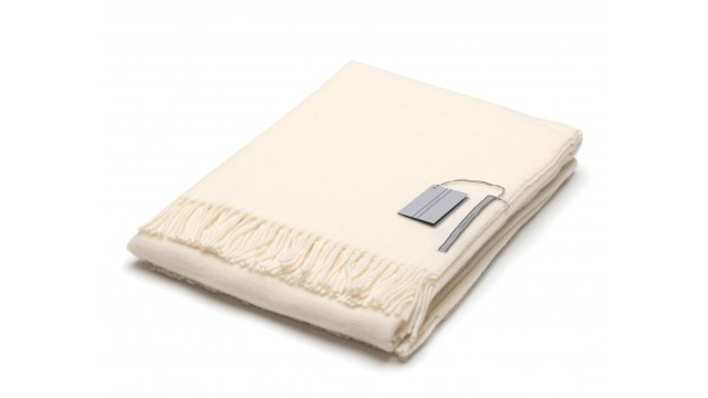 Scozia Throw Blanket