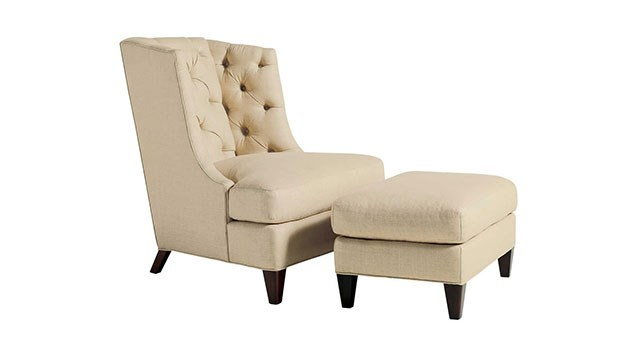 Moderne Wing Chair